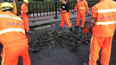 花都区迎宾大道市政排水管道清淤修复